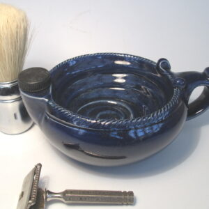 Shaving scuttle bowl with stopper