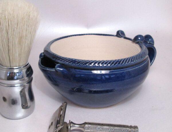 Large shaving scuttle bowl suribachi